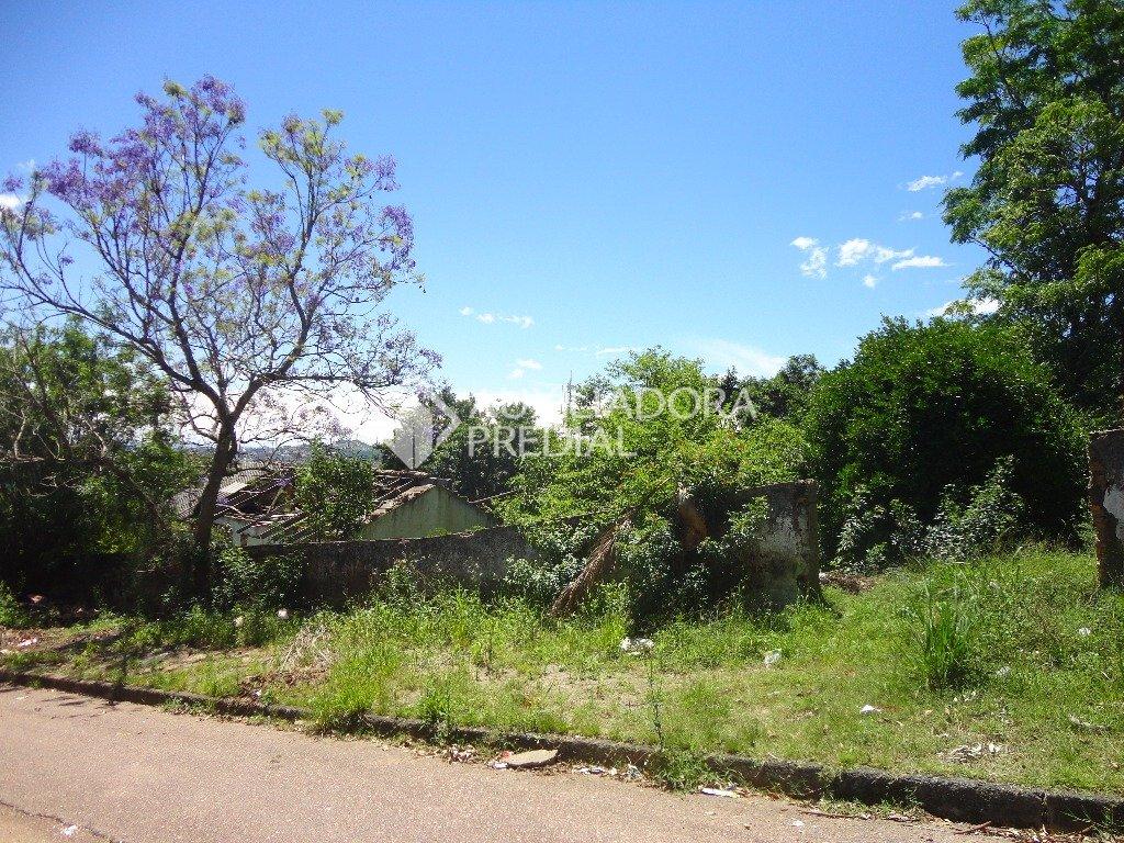 Excelente terreno de esquina com 442,40m de área total localizado no bairro Tristeza. Sobre o mesmo existe uma construção de alvenaria. Para mais informações contate a corretora indicada.