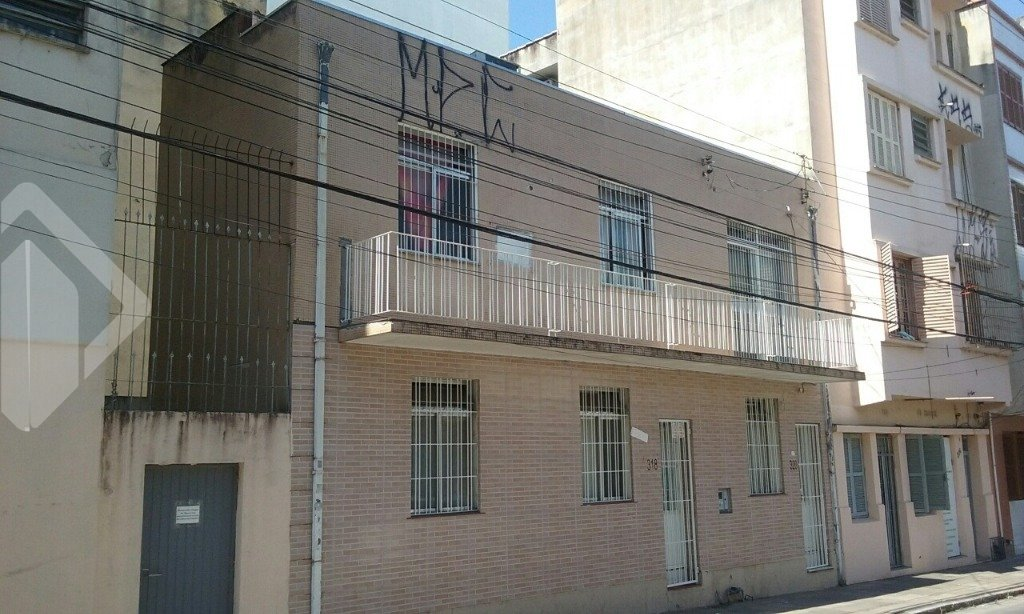 Casa comercial 4 quartos à venda no bairro Centro Histórico, em Porto Alegre