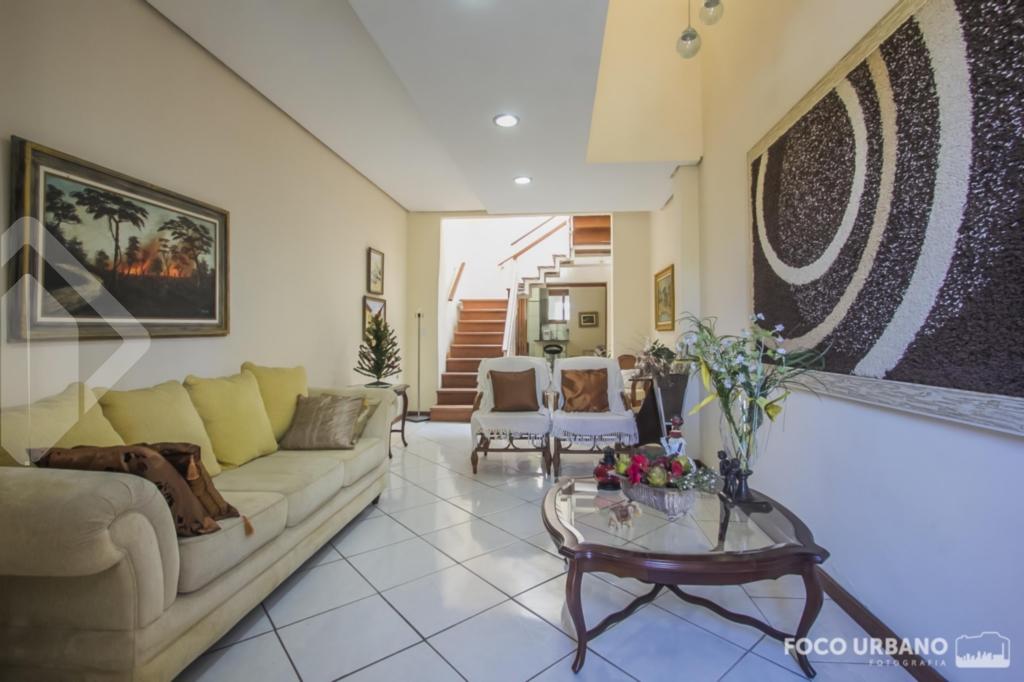 Casa 4 quartos à venda no bairro Jardim Botânico, em Porto Alegre