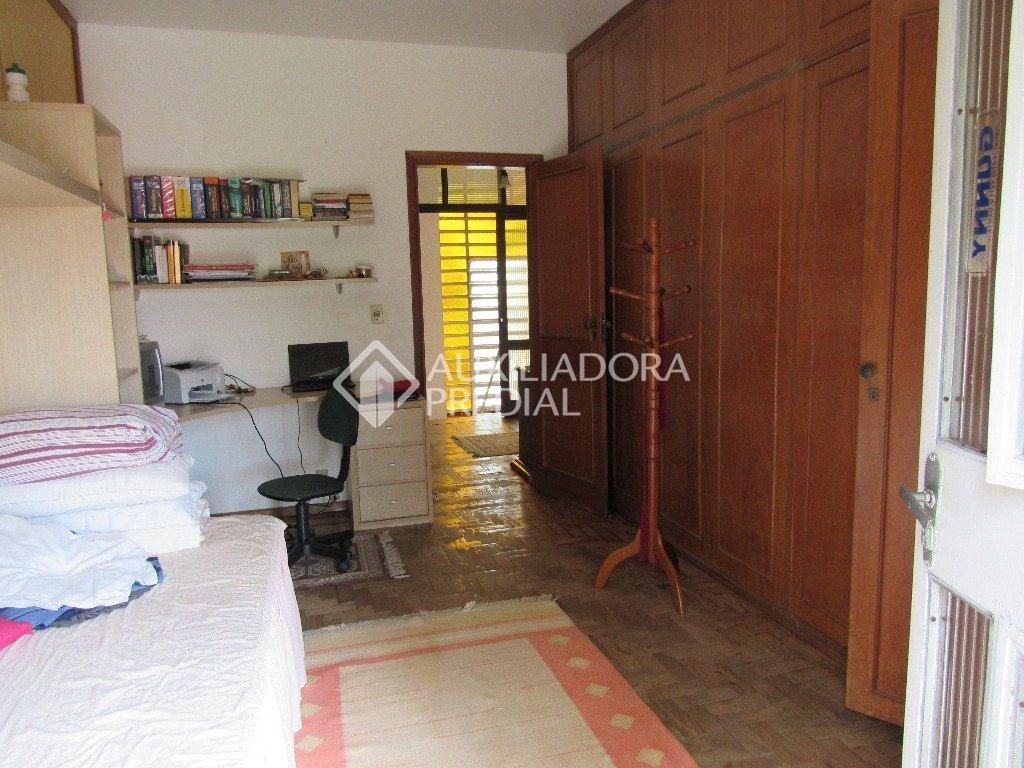 Casa de 5 dormitórios à venda em Menino Deus, Porto Alegre - RS