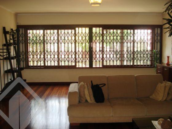 Casa 4 quartos à venda no bairro Petrópolis, em Porto Alegre