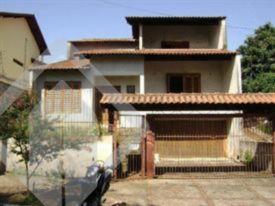 Sobrado 3 quartos à venda no bairro Santo André, em São Leopoldo