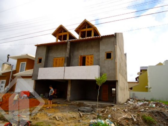 Sobrado 3 quartos à venda no bairro Jardins do Prado, em Porto Alegre