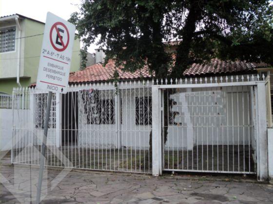 Casa 3 quartos à venda no bairro Passo da Areia, em Porto Alegre