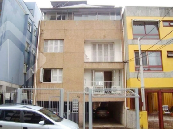 Prédio à venda no bairro Santana, em Porto Alegre