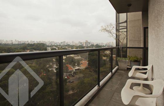 Apartamentos de 4 dormitórios à venda em Vila Nova Conceição, São Paulo - SP