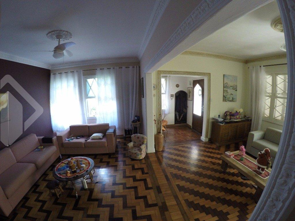 Casa 4 quartos à venda no bairro Rio Branco, em Porto Alegre