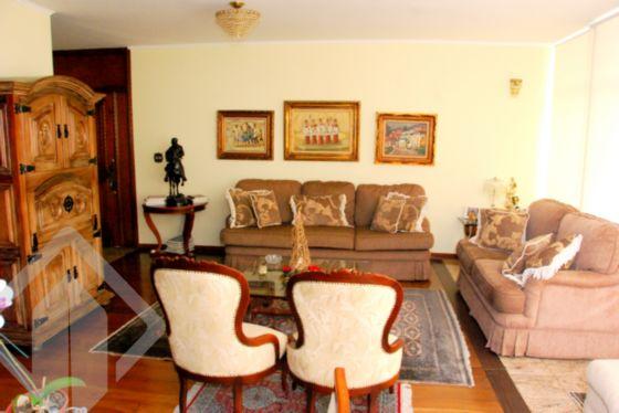 Casa 4 quartos à venda no bairro Pacaembu, em São Paulo