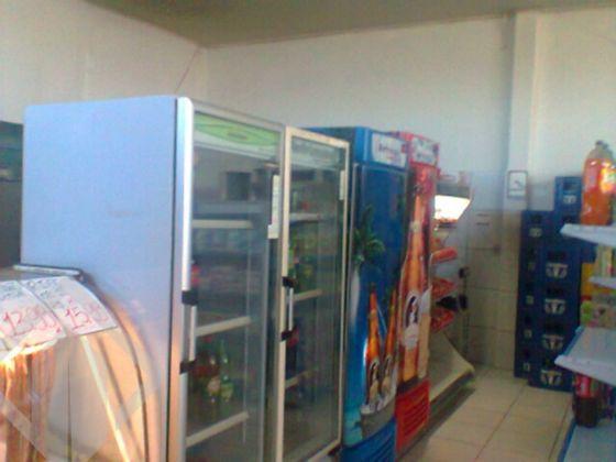Predio Comercial de 3 dormitórios à venda em Piratini, Alvorada - RS