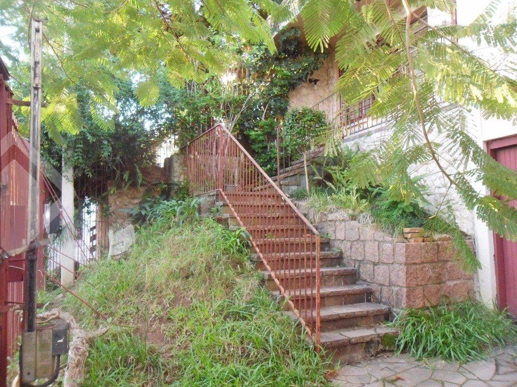 Casa 5 quartos à venda no bairro Chácara das Pedras, em Porto Alegre