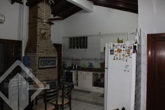 Casa 4 quartos à venda no bairro Passo das Pedras, em Porto Alegre