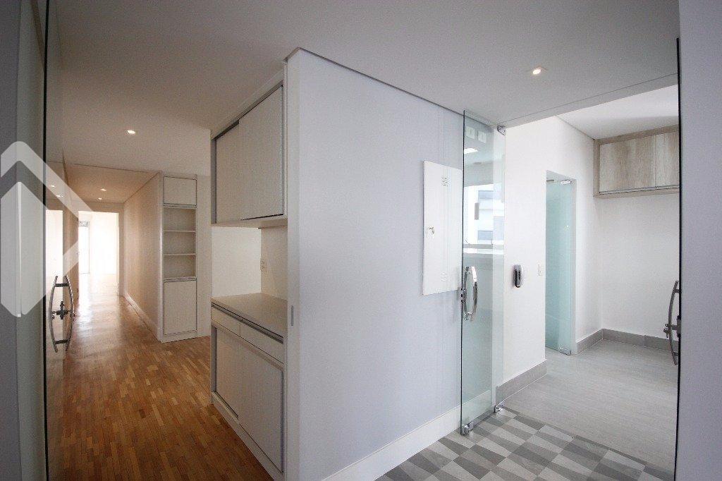 Apartamentos de 3 dormitórios à venda em Moema, São Paulo - SP